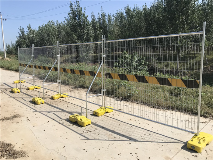 Low Cost Temporary Fencing Panels