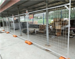 Hot dipped galvanized Temporary fence panels in all industrial solutions, harsh environments, remote and extreme climates